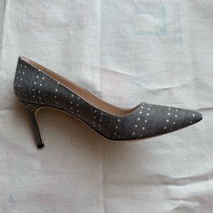 Gorgeous Grey and White Manolo Blahnik Heels Sz 10